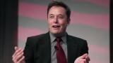 Тесла представит электрический грузовик в октябре