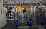 В метро Харькова сообщила, что уже не принимают купюры более двух гривен