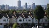Первая Лондоне цены на жилье падают в течение 8 лет